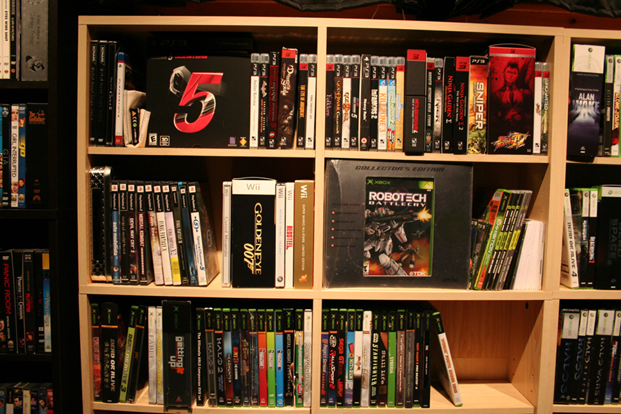 Twistedsymphonys Game and Movie Collection  Page 3  Collectors Edition -> Tour Dvd Ikea